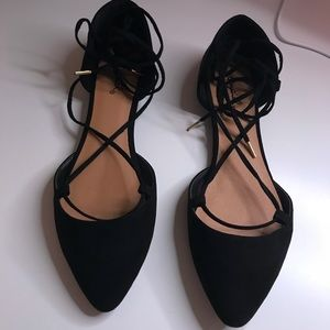 Qupid Black Suede Lace Up Flats! Sz: 6